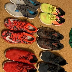 Bundle of 6 pairs of shoes